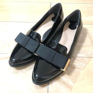 ランダ(RANDA)のRANDA エナメル フラットシューズ(ローファー/革靴)