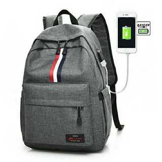 OF010 USBポート付き!大容量 バックパック リュック 灰(リュック/バックパック)