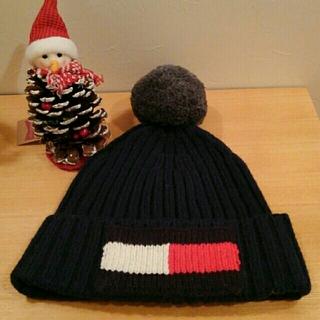 トミーヒルフィガー(TOMMY HILFIGER)の新品、未使用☆トミーヒルフィガー ネイビー ニット帽(ニット帽/ビーニー)