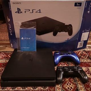 プレイステーション4(PlayStation4)のPS4 1TB CUH-2000BB01+ 純正コントローラ+ホリパッド(家庭用ゲーム本体)