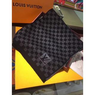 ルイヴィトン(LOUIS VUITTON)のLOUIS VUITTON メンズ カシミヤ スカーフ(バンダナ/スカーフ)