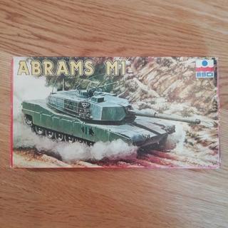 エッシー(Essie)のno.71絶版品 エッシー 1/72 エイブラムス戦車M1(模型/プラモデル)