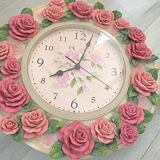 最終価格★薔薇の掛け時計★美品、送料込(掛時計/柱時計)