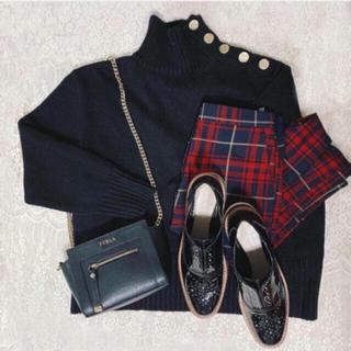 ザラ(ZARA)の新品!ZARA ボタン付きセーター 黒 ブラック 長袖(ニット/セーター)