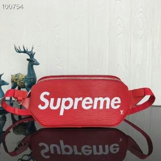 シュプリーム(Supreme)のsupreme  バッグ(ボディーバッグ)