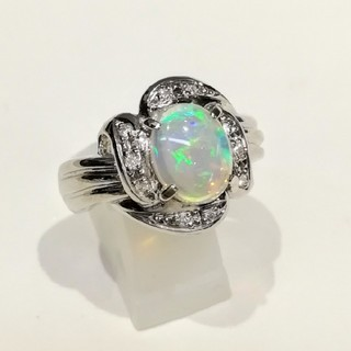 Pt900 透明感の素晴らしいオパールリング(リング(指輪))