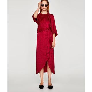 ザラ(ZARA)のZARAジャガードミディ丈ドレス(ミディアムドレス)