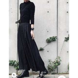 エヴリス(EVRIS)のEVRIS 新品 未使用 サイドプリーツワイドパンツ ブラック ロングスカート(バギーパンツ)