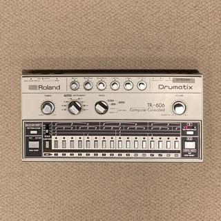 ローランド(Roland)のRoland TR-606 カバー付き 本体のみ(音源モジュール)