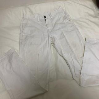 ジーユー(GU)のGU 白パンツ(デニム/ジーンズ)