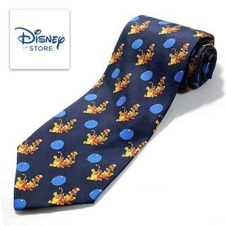 ディズニー(Disney)の極美品 Disney ディズニー シルクネクタイ プーさん ネイビー 特価(ネクタイ)