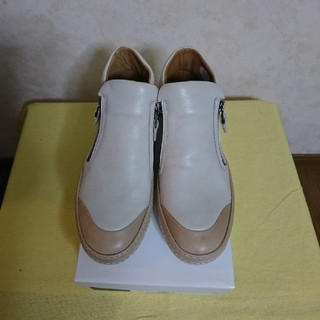 サヤ(SAYA)の★SAYA*カジュアルシューズ★レディース24㎝(ローファー/革靴)