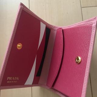 プラダ(PRADA)の新品プラダ折財布(財布)