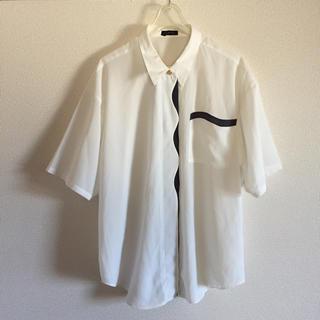 USED 581 バイカラー なみなみ シンプル 半袖 シャツ ホワイト モード(シャツ/ブラウス(半袖/袖なし))