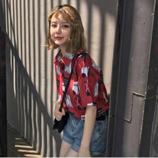 半袖シャツ❤️韓国 オルチャン 大人気 半袖 red 柄 シャツ(シャツ/ブラウス(半袖/袖なし))