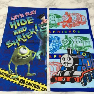 ディズニー(Disney)の即購入OK!新品★機関車トーマス&モンスターズインク ナフキン 2枚セット(弁当用品)