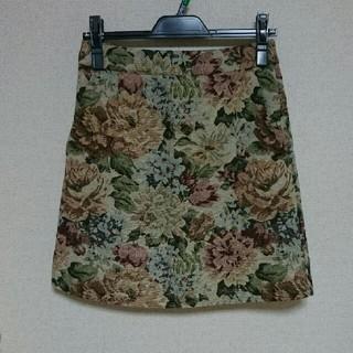 ローリーズファーム(LOWRYS FARM)のゴブラン織花柄台形スカート(ミニスカート)