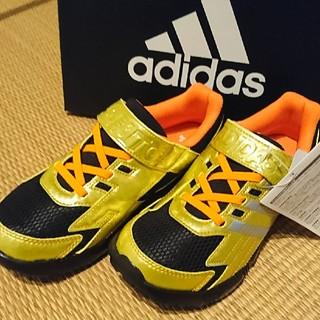 アディダス(adidas)のアディダス スニーカー 22,5(スニーカー)