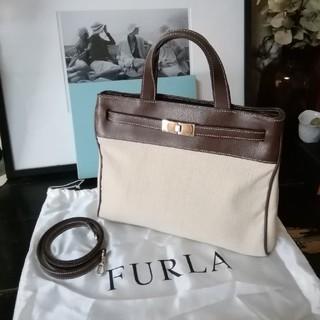 フルラ(Furla)の美品。FURLA フルラ ショルダー付き2way  ハンドバッグ(ハンドバッグ)