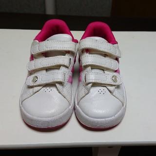 アディダス(adidas)のくつ(スニーカー)