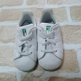 アディダス(adidas)の【美品】adidasスニーカー12㎝ファーストシューズ(スニーカー)