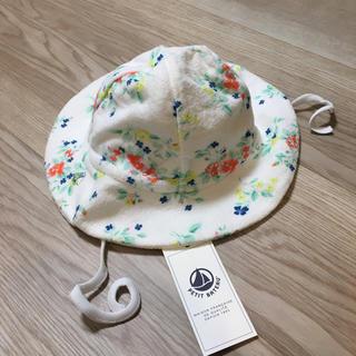 PETIT BATEAU - 新品未使用プチバトー ベビー帽子花柄パイル地 12m18m