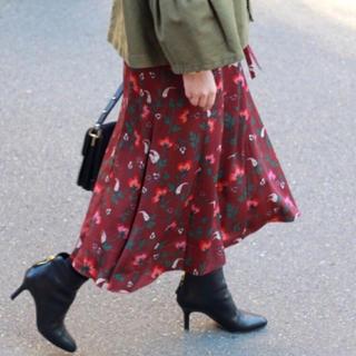 イエナ(IENA)の【新品タグ付】《追加》フラワーモチーフスカート(ひざ丈スカート)