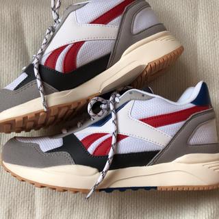 リーボック(Reebok)のReabok 靴 22.5(スニーカー)