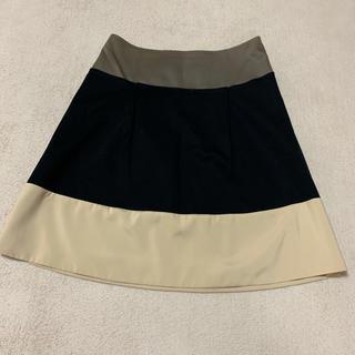 美品 スカート(ひざ丈スカート)