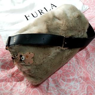 フルラ(Furla)の【美品】フルラ ファー 2WAY ショルダーバッグ(ショルダーバッグ)