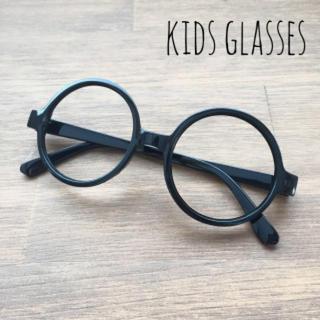 111 キッズ 伊達メガネ 黒 ブラック 丸メガネ レンズなし だてめがね 子供(おくるみ/ブランケット)