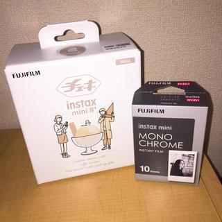 フジフイルム(富士フイルム)のinstax mini 8+ VANILLA フィルム付き(フィルムカメラ)