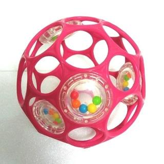 オーボール ラトル ピンク と コンビおしゃぶり付き(ボール)