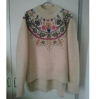 アーモワールカプリス(armoire caprice)のオーバーサイズ刺繍ニット(ニット/セーター)