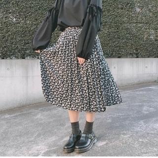 GU - GU*花柄プリーツスカート(ブラック)