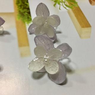 カスタネ(Kastane)のハンドメイド バイカラー 紫陽花のイヤリング(イヤリング)