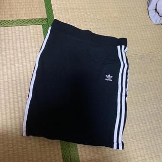 アディダス(adidas)のadidas スカート 【1週間で削除】(ミニスカート)