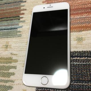 アイフォーン(iPhone)のau iphone6 silver (スマートフォン本体)