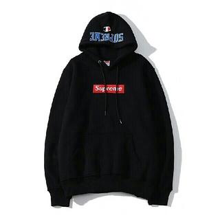 チャンピオン(Champion)のchampion パーカー コラボ 新品 XL ログ刺繍  裏起毛 暖かい(パーカー)