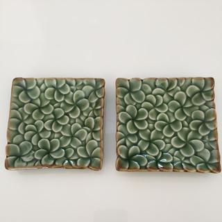 ジェンガラ(Jenggala)のジェンガラ焼き 正方形小皿2枚(食器)