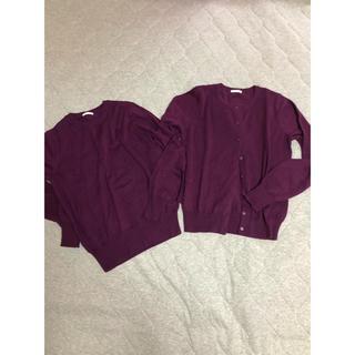 ジーユー(GU)のGU 洗えるニット ウール混 セーター カーディガン 2点 Mサイズ ワイン色(アンサンブル)