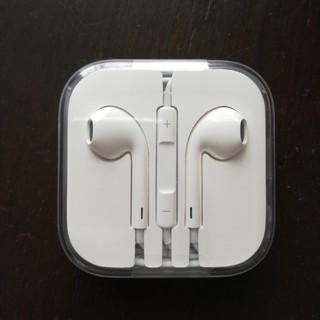 アップル(Apple)の【アップル】イヤホン(ヘッドフォン/イヤフォン)