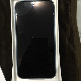 アップル(Apple)の【SIMロック解除確約】iPhone XR  ブルー(スマートフォン本体)