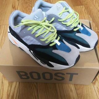 アディダス(adidas)の  YEEZY  BOOST  700(スニーカー)