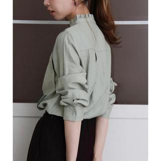 ケービーエフ(KBF)のKBF✩新品 スタンドカラードレスシャツ MINT 2018AW(シャツ/ブラウス(長袖/七分))