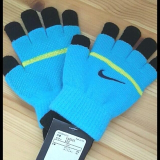 ナイキ(NIKE)の専用 NIKE ナイキ 手袋 グローブ キッズ ジュニア 新品(手袋)