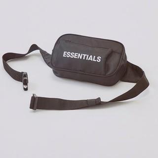 フィアオブゴッド(FEAR OF GOD)のEssentials Crossbody Bag(ボディーバッグ)