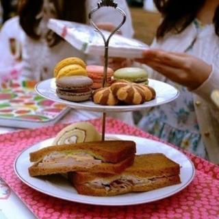 アフタヌーンティー(AfternoonTea)のケーキセット フライングタイガー(食器)