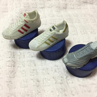 アディダス(adidas)のコカコーラ アディダス スニーカー フィギュア(ノベルティグッズ)