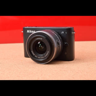 ニコン(Nikon)のNikon ニコン J1 レンズキット!12-15(ミラーレス一眼)